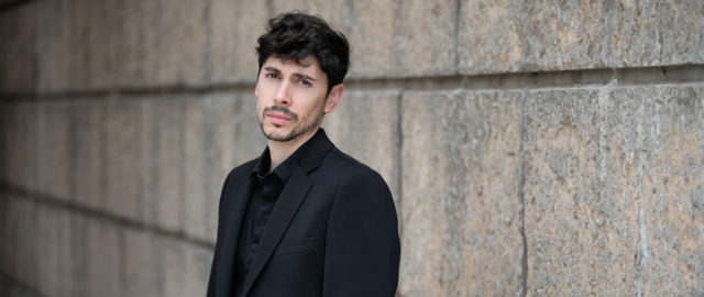 Carlo Belmondo — Black & White Management